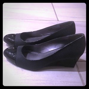 Black Adrienne Vittadini Wedges